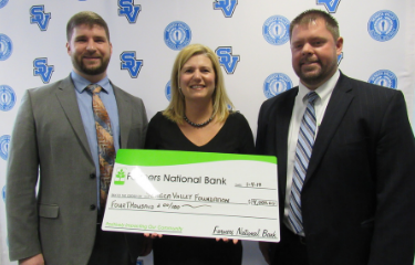 Farmers National Bank supports SVF